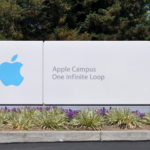 Apple Hires Top VR Expert To Join The Likes of Oculus, Samsung, and HTC
