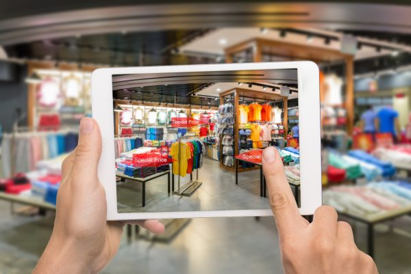 Augmented Reality to Revolutionize Retail Shopping