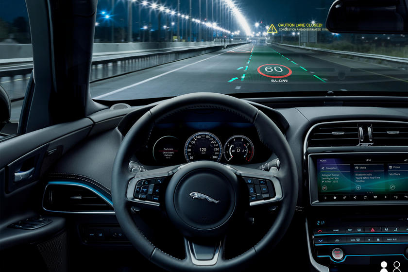 Jaguar Land Rover VR Tech